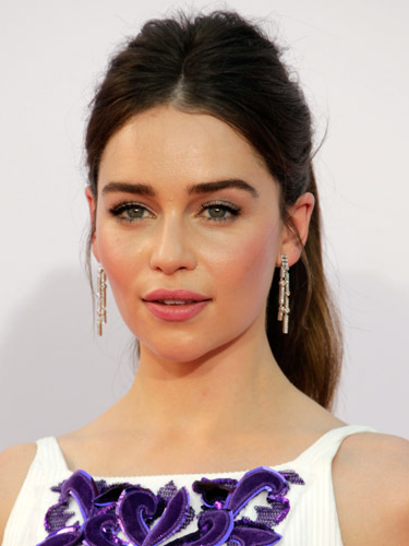 emilia clarke emmy awards hairstyles and makeup 2012