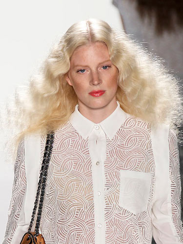 messy hair trend spring 2012 rebeccca minkoff