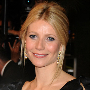 gwyneth paltrow at a 2008 red carpet event