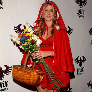 lauren bosworth dressed as little red riding hood