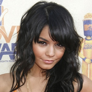 Vanessa Hudgens With A Layered Haircut