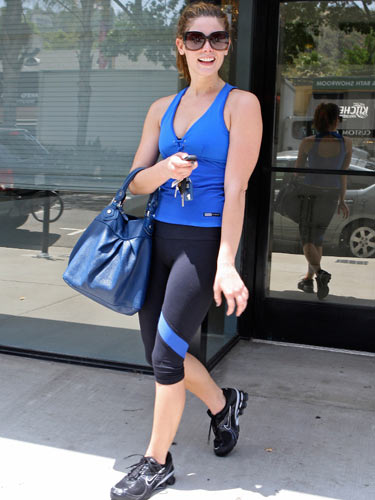 ashley greene blue and black workout gear